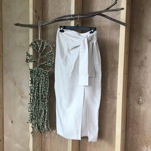 Gorgeous midi skirt Zara